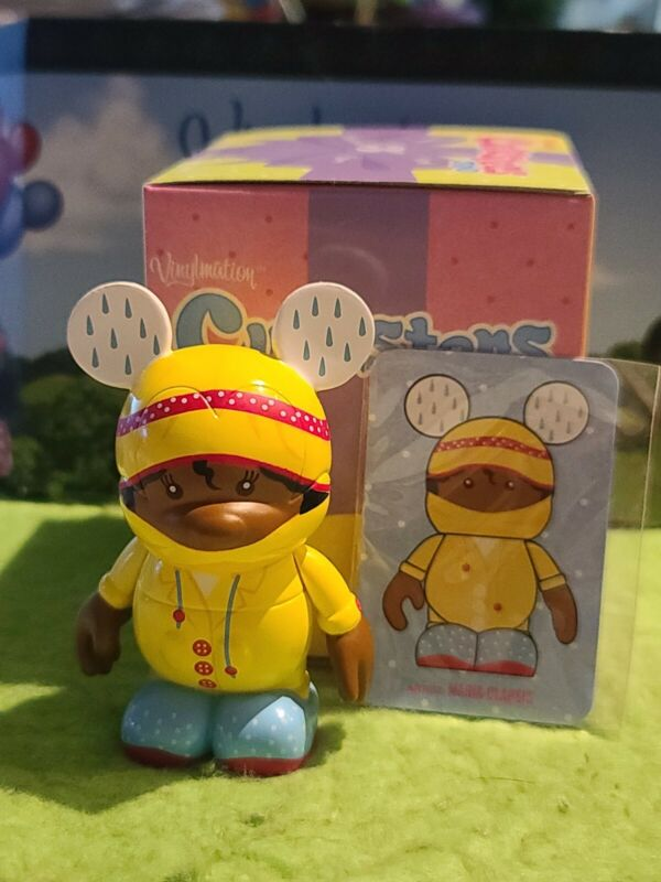 """DISNEY Vinylmation 3"""" Park Set 2 Cutesters Too with Box and Card Yellow Raincoat"""