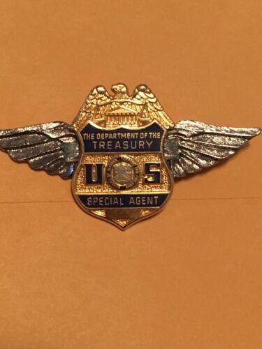 Department of the Treasury Seal logo wings pin
