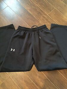 Men's Small Under Armour Track Pants