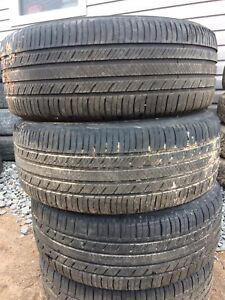 215/65r16 all season tires lots of tread $100