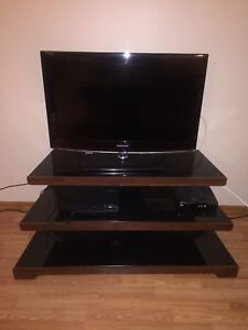 TV stand for sale (tv not included)
