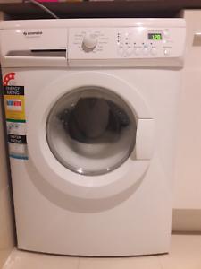 Simpson Washing Machine 7Kg EZI sensor, model SWF10732