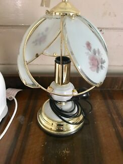 Touch Lamp with One Missing Panel