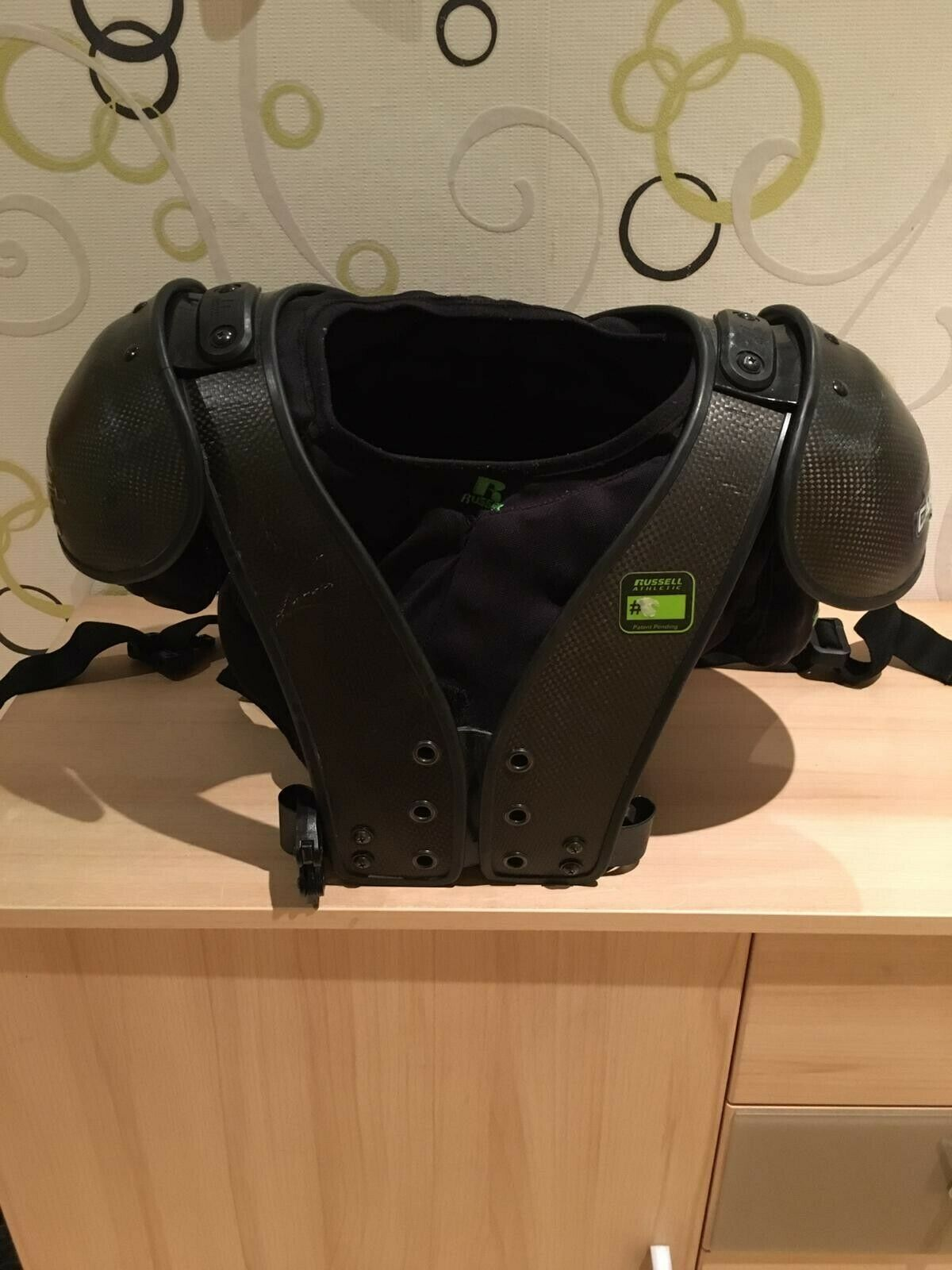 Carbontek Shoulder Pad powered by Russel (American Football)