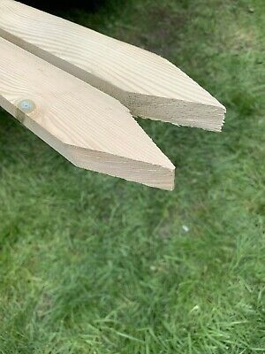 "Wooden Stakes Site Pegs Pack of 100 Garden Tree Stakes 60cm Long  24"" Treated"