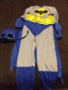 Halloween Batman costume with cape, belt and mask