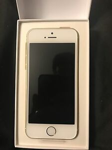 Brand new Iphone SE 16gb bell
