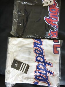 2 La Clippers Jersey T Shirts...Griffin 32