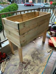 Planter box with legs