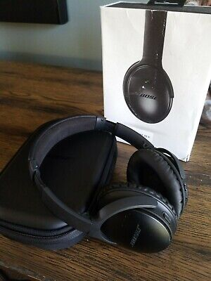 Bose QC35 II Wireless Noise Cancelling Headphones with Alexa, Black