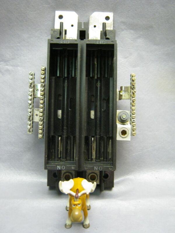 Square D 0-224780 Vintage Fuse Block 200 Amp