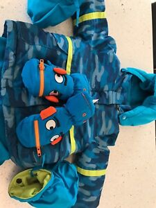 Thinsulate snow suit size 12m
