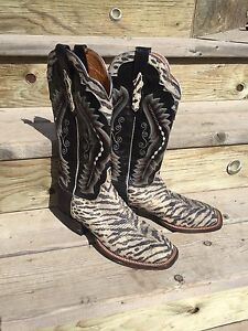 Lucchese cowgirl, cowboy boots