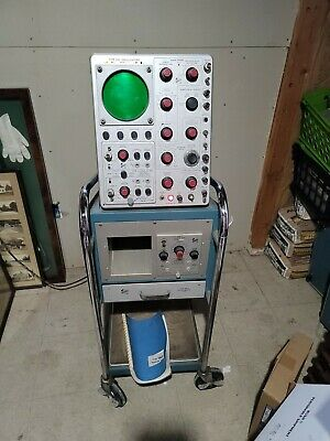 Tektronix 535 Oscilloscope With Type 500a Mobile Stand