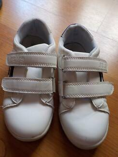 Shoes - Boys White Casual Velcro strap - Size 11 - Near New