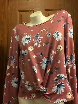 by & by Scoop Neck Long Sleeve Floral Tee Knotted Front Plus Size XXL NWT - Floral Front Scoop Neck Tee