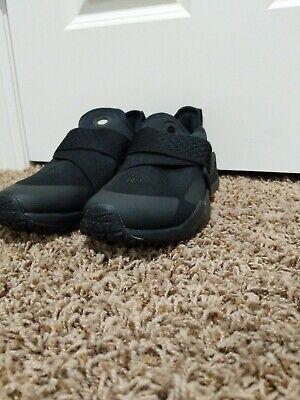 Nike Huarache Extreme Triple Black AQ0575-004 Size 6.5 Y