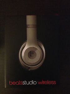 Beats Studio Wireless (Perfect Condition)