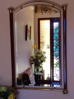 Wall mirror Point Clare Gosford Area Preview