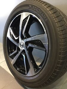 """HONDA ODYSSEY MY17 LUXURY 17"""" GENUINE ALLOY WHEELS AND TYRES Carramar Fairfield Area Preview"""