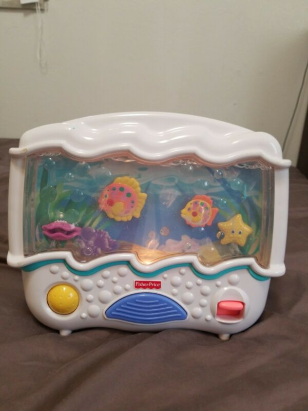Fisher Price Ocean Wonders Aquarium Baby Crib Soother Full Water Level