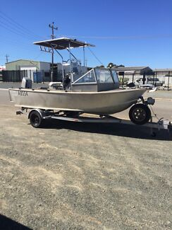 Omega Plate ally centre console boat swap or sell