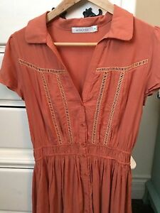 Short sleeve dress size S (mink pink fr urban outfitters) Cambridge Kitchener Area image 2