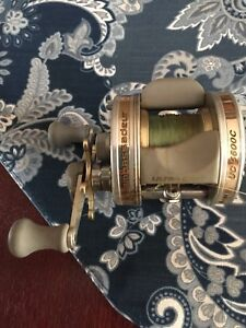 Excellent condition Abu Garcia ultra cast 5600C fishing reel