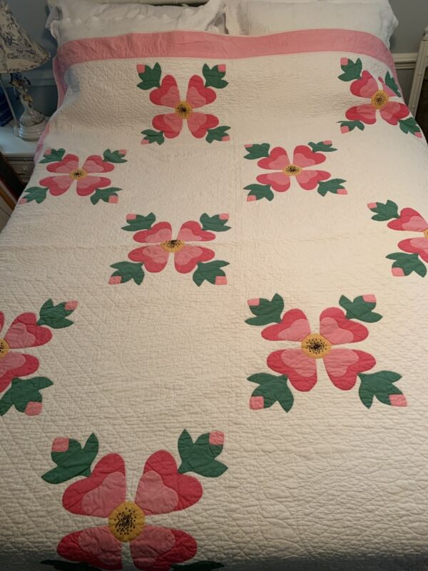Vintage Circa 1930-1950 Appliqued Quilt Pink, Green,Yellow & White Hand Quilted