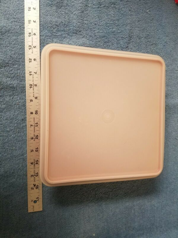 Vintage Tupperware 514-20 Cake Keeper with Lid - Paprika Red - 10in Square