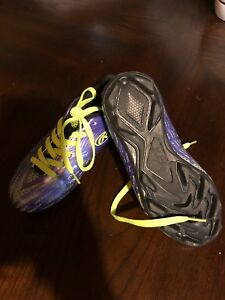 Rowling soccer cleats size 13