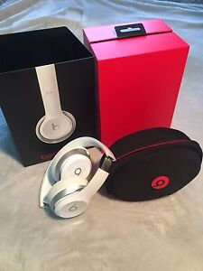 Beats by Dre: Solo 2 Wired headphones