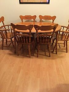 Dining table $500 obo