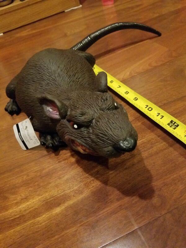 Huge 14 inch Ferocious Rat Halloween Prop Decoration - NEW scary