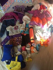 """18"""" doll lots of clothing"""