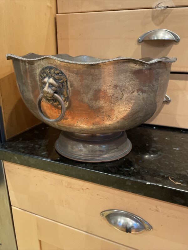 VINTAGE SILVER PLATED ON COPPER PUNCH BOWL LION HEAD HANDLES PATINA VERY RARE