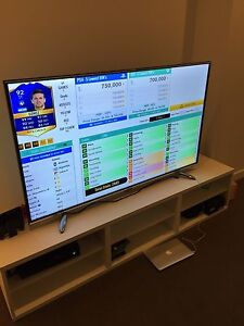 """Hisense 60"""" LED + TV Table and lamp ( with warranty) Forest Lodge Inner Sydney Preview"""