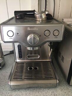 Breville expresso machine 800ES