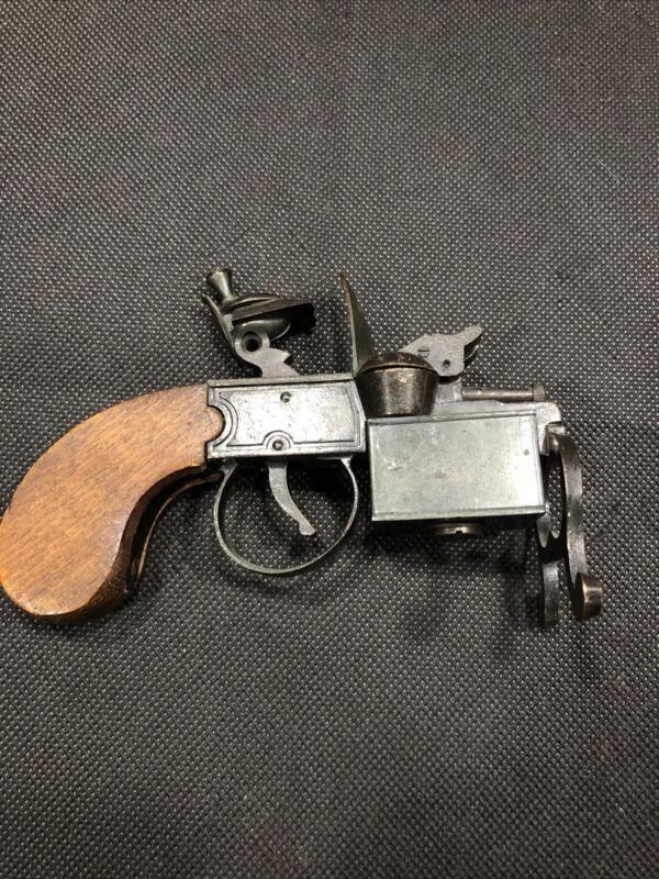 Rare  TINDER FLINT PISTOL Gun Cigarette Cigar Table Lighter Made in Japan