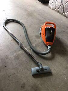 FREE vacuum Pakenham Cardinia Area Preview