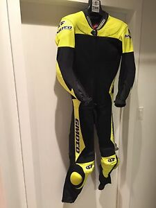 Gimoto motorcyle road racing suit small   New