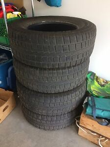 4 Used 275-65-18 winter tires