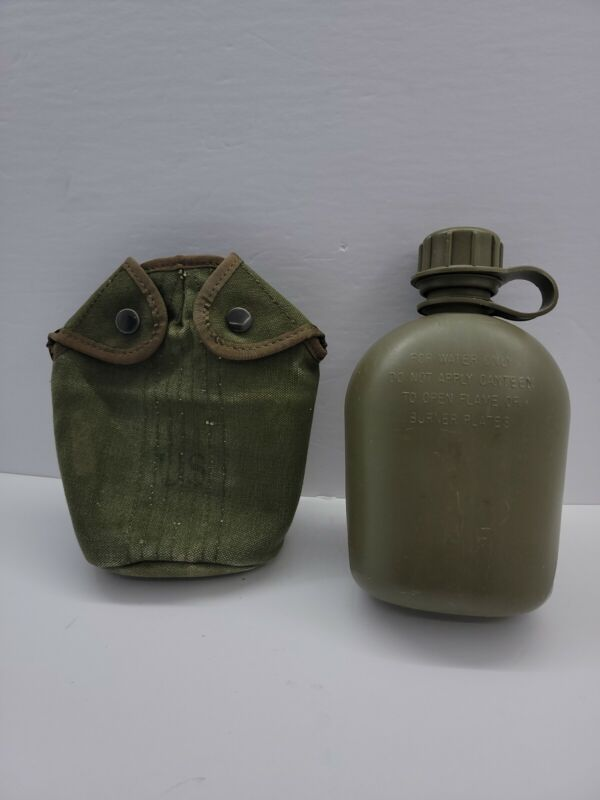 Old vintage 1964 + Water Canteen and US Cover Water Canteen