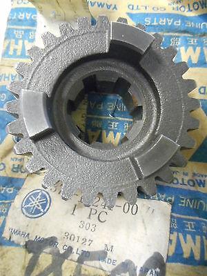 NEW OLD STOCK Yamaha TX500 XS500 4th Wheel Transmission Gear