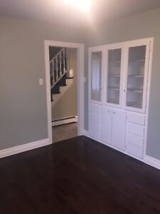 **$1200** 3+ 1 Cape Cod House for Rent Antigonish Oct 1.