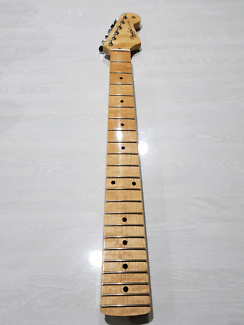 Replacement neck for Fender Stratocaster, Squire