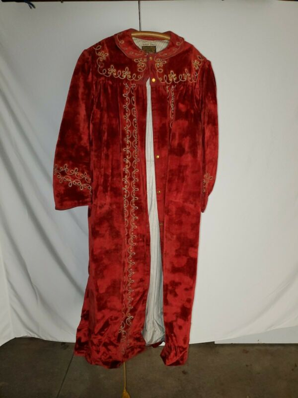 Antique Odd Fellows Assistant Priest Robe