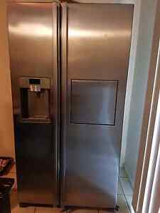 Samsung 683L Fridge with water & ice dispenser and milk hatch Kallangur Pine Rivers Area Preview