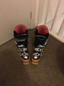 Atomic Ski Boots - FREE Prahran Stonnington Area Preview