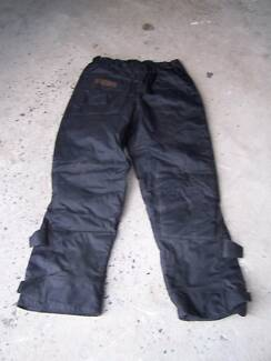 MOTORCYCLE WATERPROOF PADDED WOMANS DRIRIDER PANTS Healesville Yarra Ranges Preview